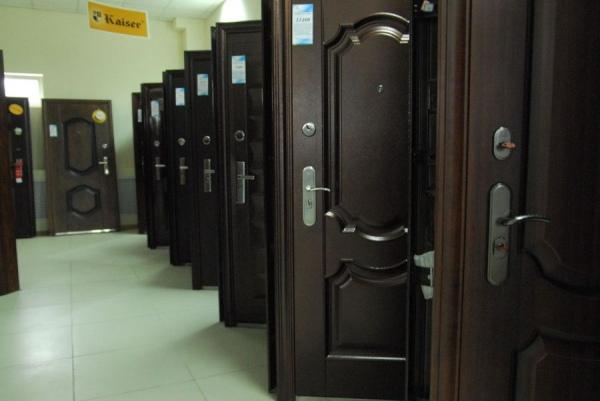 металлические входные двери метро полежаевская