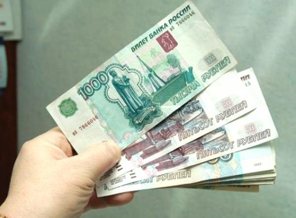Минтруд: Средства наповышение МРОТ вскоре направятся врегионы