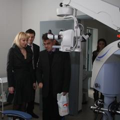 Все хирургические операции в центре выполняют московские хирурги, хорошо известные в медицине