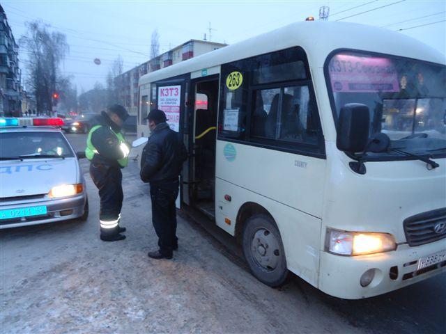 В Курске женщина попала под колеса маршрутки