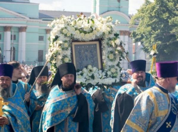 Вцентре Курска навремя крестного хода перекроют движение