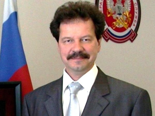 Из-за экс-начальника налоговой службы федеральный бюджет недосчитался 54 млн руб.