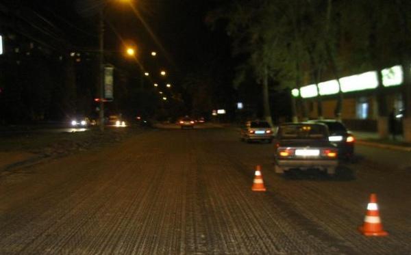 ВКурске наремонтируемой дороге столкнулись два автомобиля