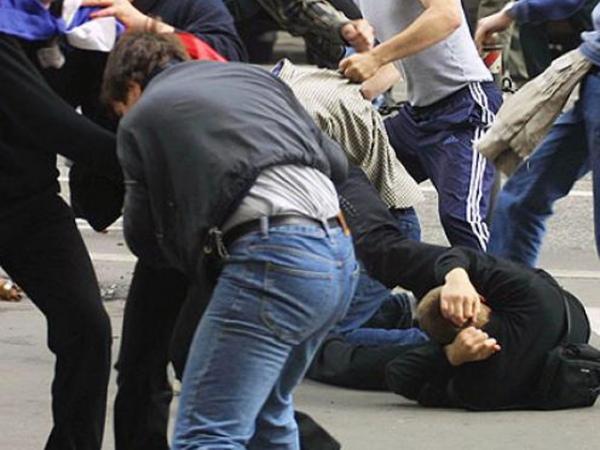 Курск. После потасовки наулице Карла Маркса вполицию увезли 12 человек