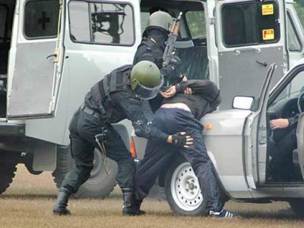 ВКурской области полицейские задержали разбойников, нападающих на пожилых людей