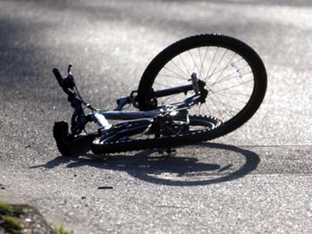 Велосипедист врезался в«Форд Фокус» скурскими номерами