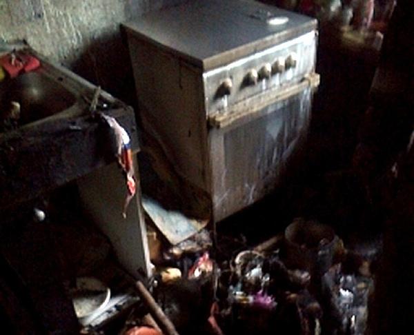 Напожаре вКурске пострадал 77-летний пенсионер, 7 жильцов подъезда эвакуировано