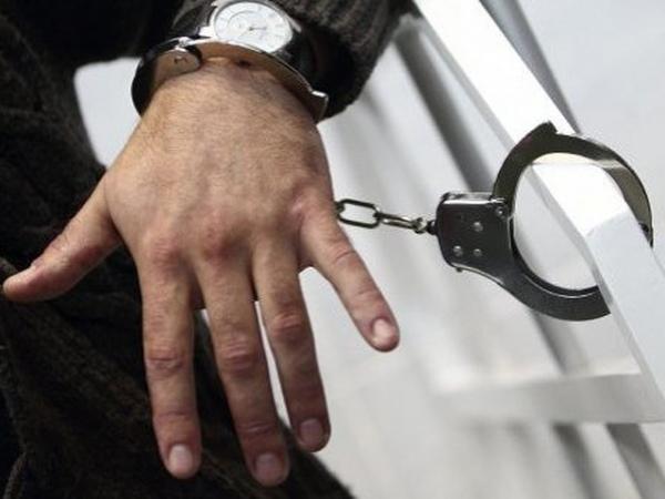 ВХомутовском районе схвачен подозреваемый впопытке угона ВАЗа