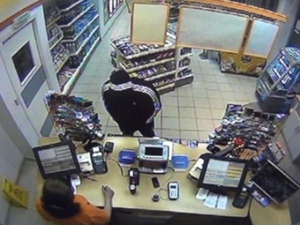 Налетчик, ограбивший три автозаправочные станции, схвачен курскими полицейскими