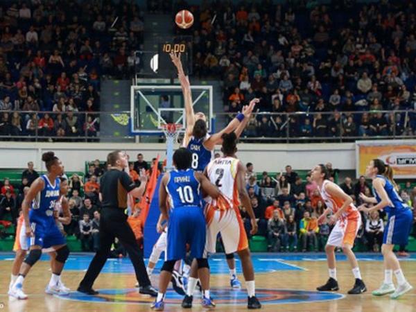 УГМК вПремьер-лиге играет без поражений— Баскетбол