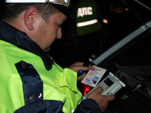 Курских водителей сегодня проверят натрезвость