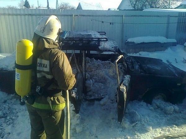 ВКурской области ночью горел ВАЗ