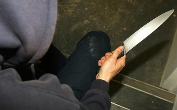 ВКурской области мужчина зарезал сожительницу из-за ревности