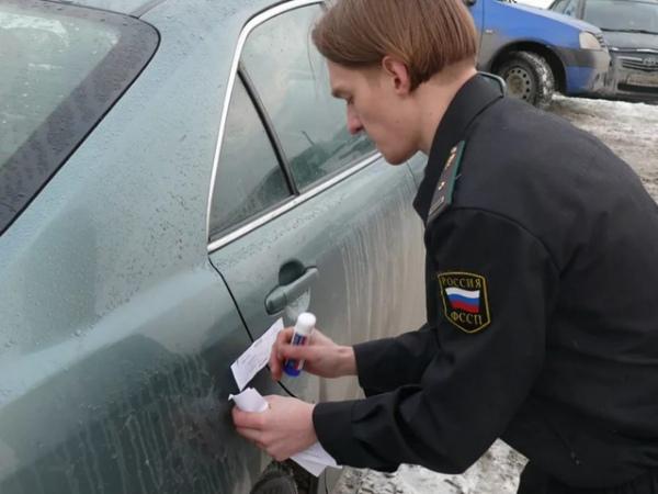 Сдолжников— владельцев автомобилей при помощи мобильного розыска взыскано 1,3 млн руб.