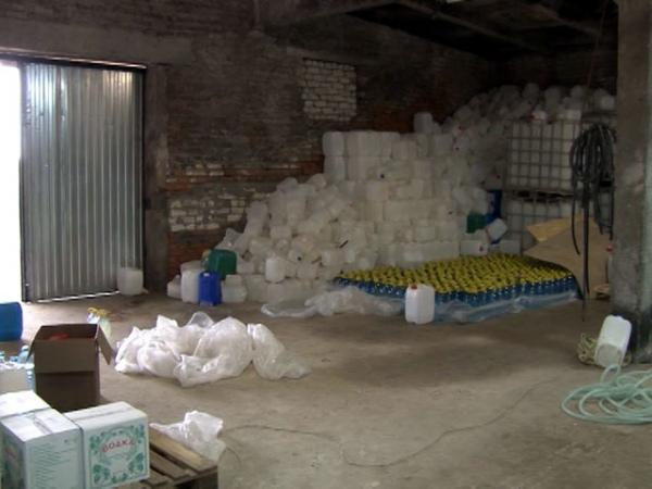 ВКурской области найден подпольный цех попроизводству алкоголя