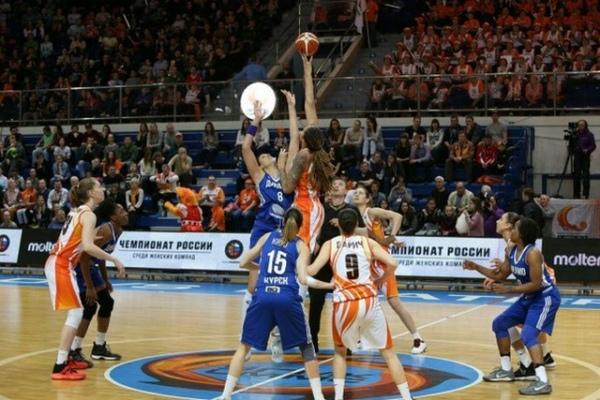 Баскетболистки УГМК победили «Динамо» (Курск) впервом матче заключительной серииЧР