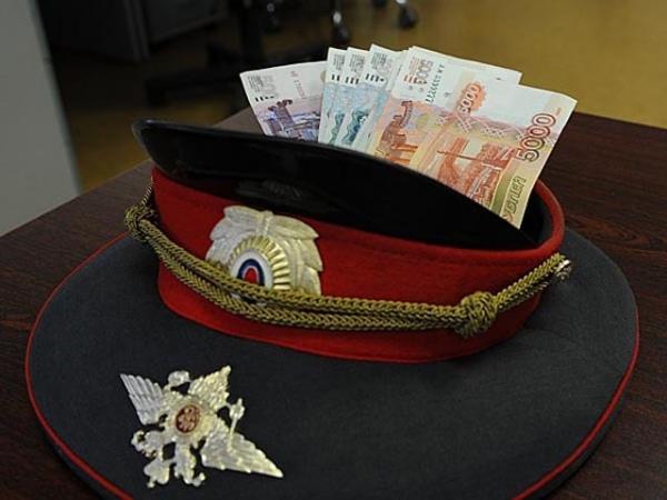Курский полицейский попался навзятке в65 тыс. руб.