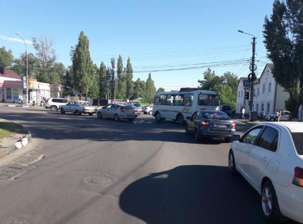 В Курске в аварии пострадала 16-летняя пассажирка