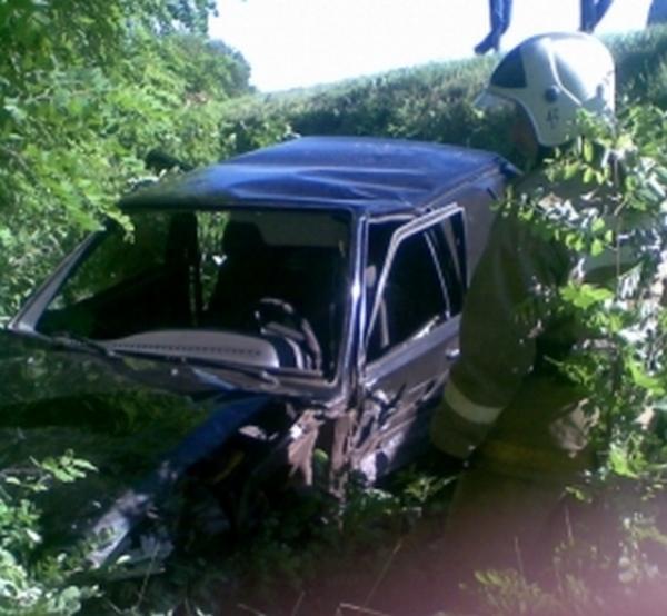 Курская область. Водитель ВАЗа пострадал в столкновении с грузовиком