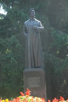 В Курске открыли новый памятник Дзержинскому