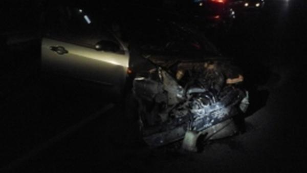 Под Курском водитель покалечил пассажирку, ударившись в отбойник, и сбежал