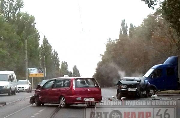 ВКурске случилось сразу 2 серьезных ДТП