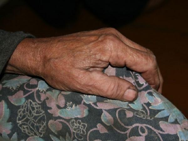 Гражданин Курской области безжалостно расправился ссобственной бабушкой