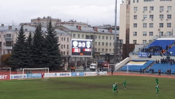 «Авангард» и«Томь» надвоих забили шесть голов