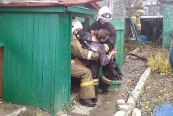 В Курске наркоман устроил пожар в доме