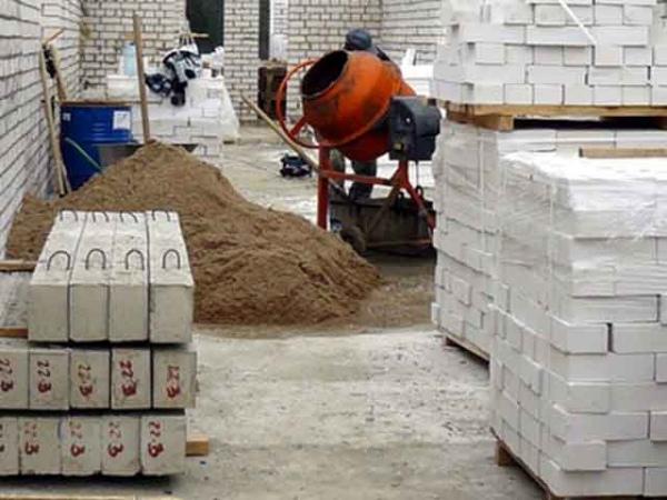 Куряне вынесли состройки оборудования на300 тыс.