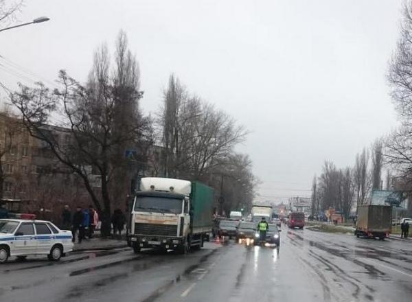 За день в Курске сбили 5 пешеходов