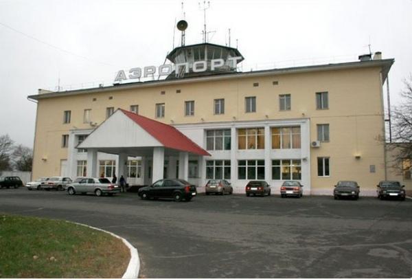 Возобновились полеты из Курска в Москву и Петербург