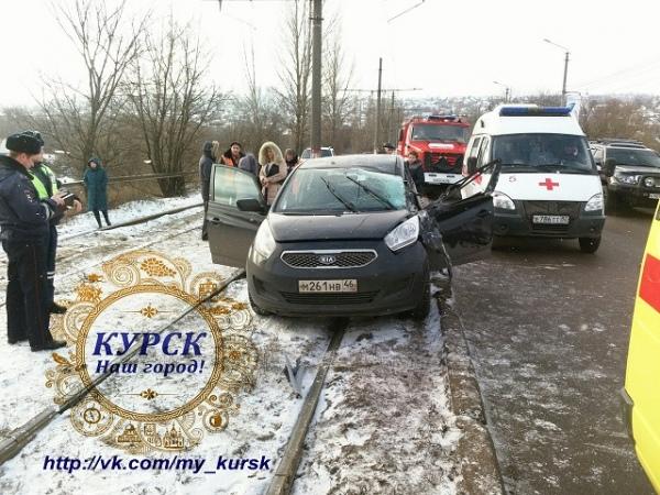 ВКурске вДТП погибла 33-летняя женщина-водитель
