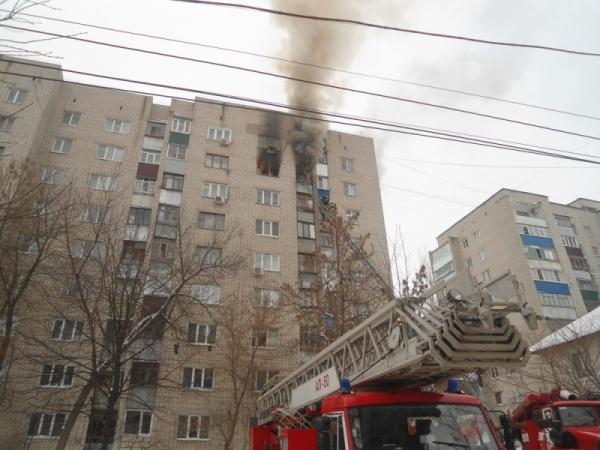 ВКурске cотрудники экстренных служб эвакуировали два десятка граждан многоэтажки