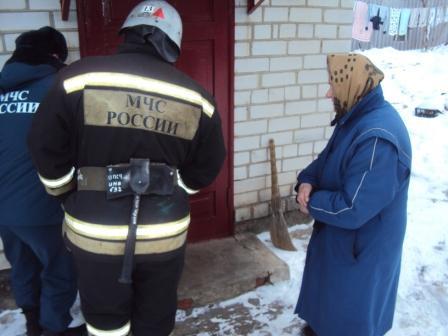 Спасатели помогли щигровской пенсионерке попасть домой