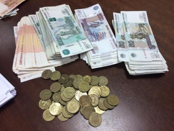На счетах курян более 100 миллиардов рублей