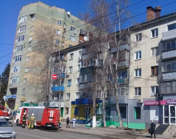 В центре Курска сегодня тушили квартиру
