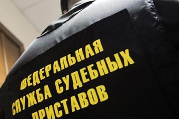 Сразу 14 авто должников арестовали вологодские судебные приставы