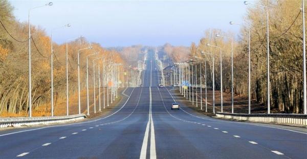 В Курском районе ремонтируют трассу М2 «Крым»
