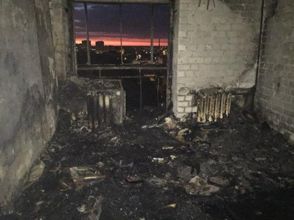 В центре Курска из горящей многоэтажки эвакуировали десятки жильцов
