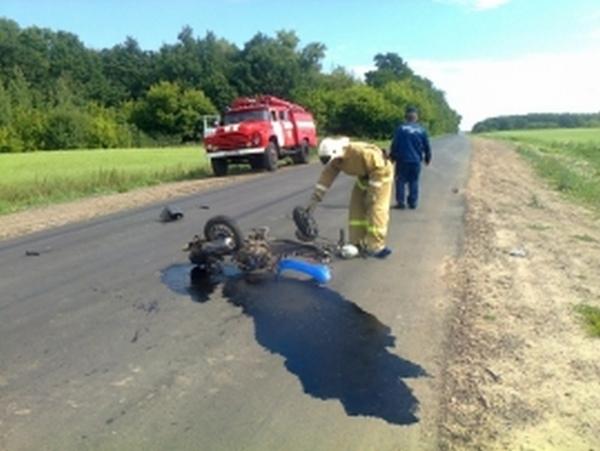 В Рыльском районе в столкновении с «Ладой» погиб водитель скутера