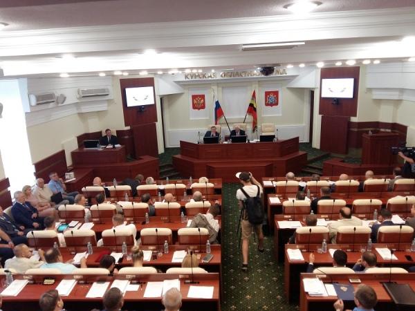 Депутата, не задекларировавшего 27 квартир, не стали лишать мандата