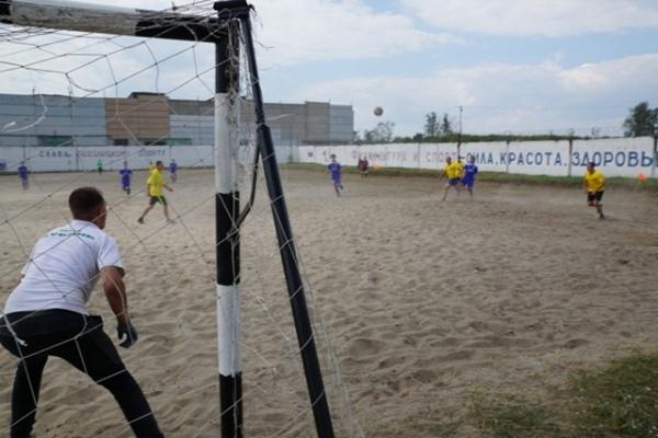 Футболисты «Авангарда» разгромили команду осужденных