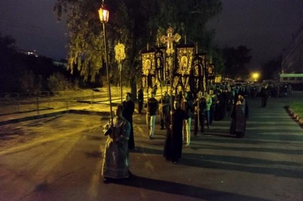 Сегодня пройдёт ночной Крестный ход с иконой «Знамение»