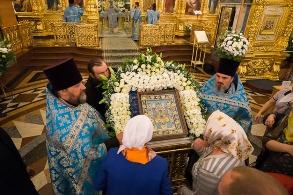 Завтра икона «Знамение» покинет историческую родину