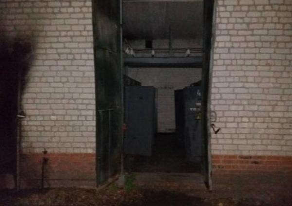 Пожар на электроподстанции оставил без света более двух тысяч курян