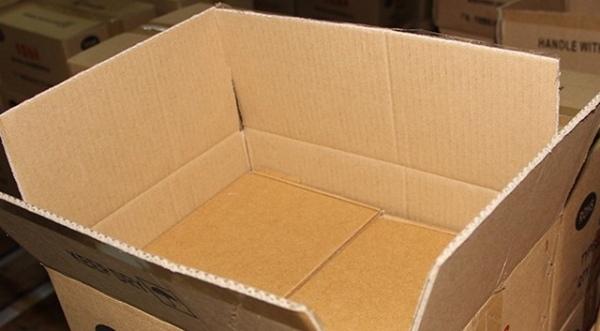 Мошенники прислали курянину пакеты вместо кроссовок