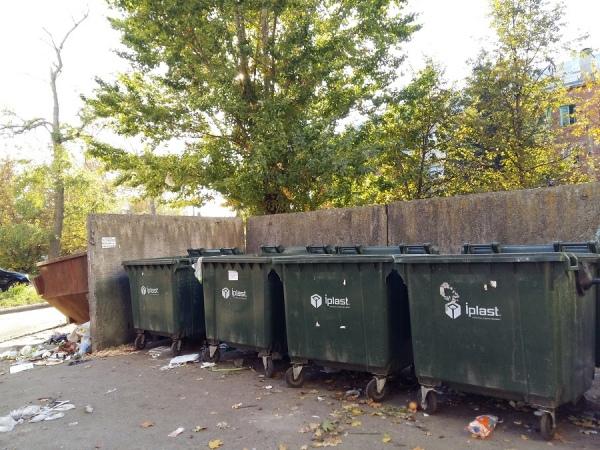 Курянам разъяснят тарифы на вывоз мусора