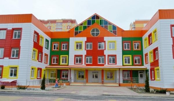 Власти Курска не спешат выкупать детский сад на Дериглазова