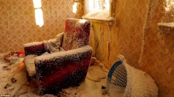 В Конышевском районе в доме насмерть замерзла супружеская пара